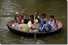 Coracle near Hogenakkal waterfall