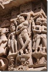 Udaipur, Jagdish temple, dancing women